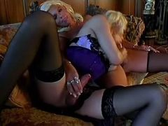 Shemale fuck blonde shemale on sofa