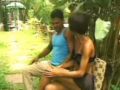 Tranny makes oralsex in wild natura