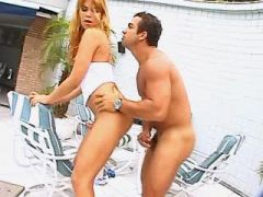Latin man with big cock fucks young tranny outdoor