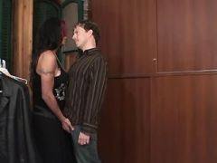 Dude sucks brunette tgal and jizzes after assfucking